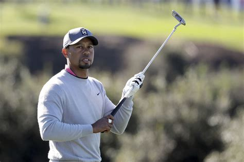 Tiger Woods getting strong reviews in return to golf ...