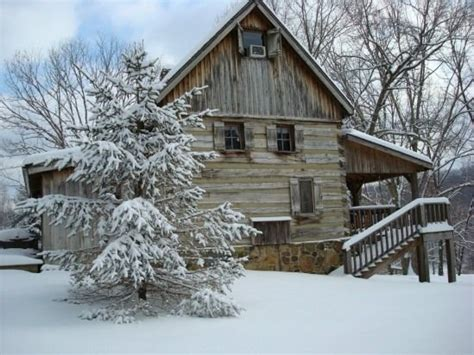 cabin rentals in brown county indiana 1000 images about brown county cabins on