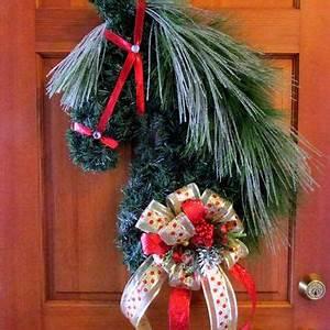 Horse head wreath Christmas wreath equestrian decor