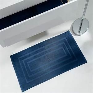Tapis Bleu Nuit : tapis ponge pour sortie de bain ou de douche 50x85cm 100 ~ Teatrodelosmanantiales.com Idées de Décoration