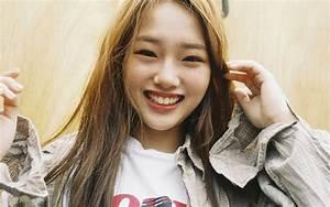 hp57-kpop-girl-smile-cute-yellow-wallpaper