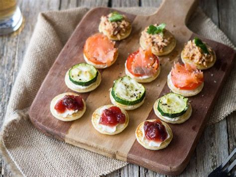 cheap canapes recipes 13 easy finger foods for a reader 39 s digest