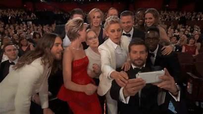 Selfie Ellen Oscar Degeneres Ever Plug Samsung