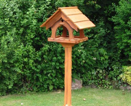 ideas  bird feeder plans  pinterest wooden bird feeders birdhouses  diy