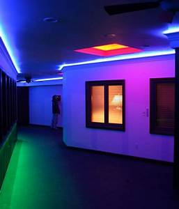 Neon Deco Chambre : lampe n on magasins id es couleurs 96 photos pour votre inspiration ~ Melissatoandfro.com Idées de Décoration