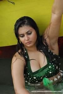 Indian Celebrity Sexy Girls: Kolkata Bengali Aunty Black ...