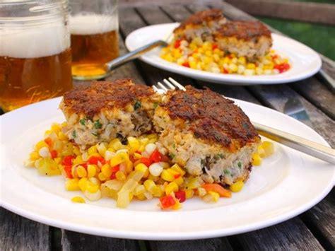 bacon crab cakes  pimiento corn relish recipe