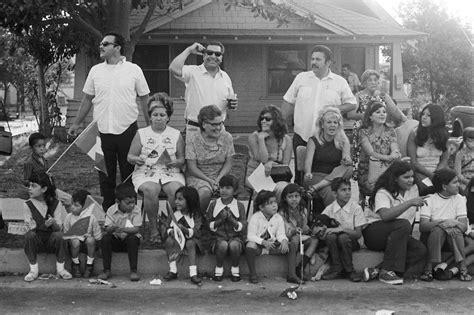 la raza  empowers las chicano community
