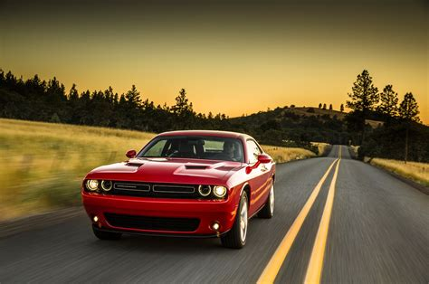 dodge challenger sxt rt srt review