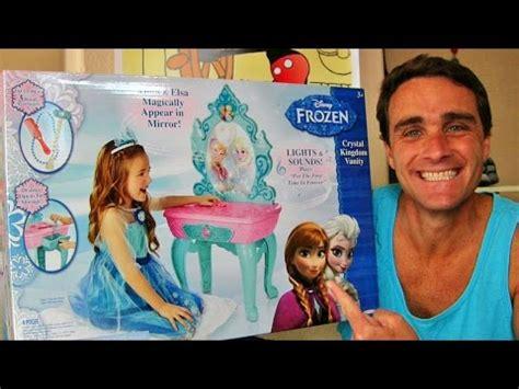 Frozen Kingdom Vanity by Disney S Frozen Kingdom Vanity Unboxing W Elsa