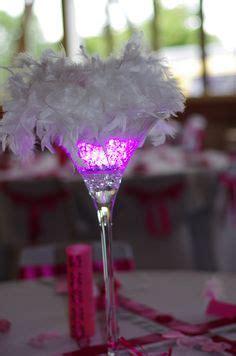 d 233 coration vase martini boule de plumes d 233 co noir blanc et or martinis et vase