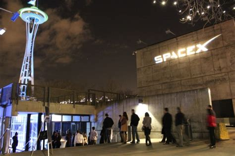 Spacex Redmond Office by Photos Spacex Founder Elon Musk Reveals New 10b Space