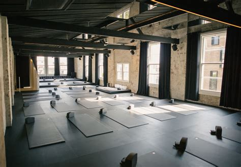 humming puppy   sydney yoga studio  style