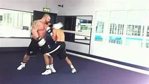 Eddie hall boxing 23stone vs 10stone - who do you think ...