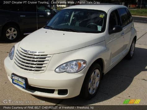 2007 Chrysler Pt Cruiser Touring by Cool Vanilla White 2007 Chrysler Pt Cruiser Touring