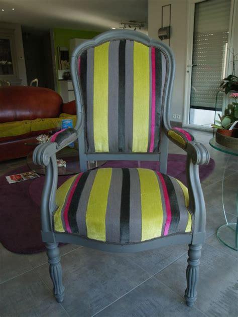 peinture tissu canap peinture pour tissus fauteuil 28 images 17 meilleures