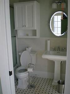Gorgeous standing toilet paper holder remodeling ideas for for Placement of toilet paper holders in bathrooms