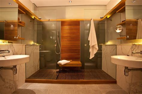 Awesome Bathrooms Or By Amazing Beach House Bathroom 2