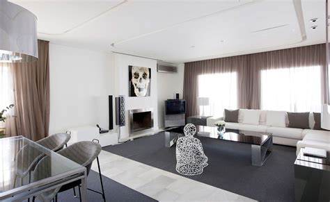 Modern Apartment In Madrid By Ilmiodesign