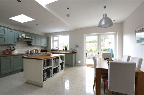 painted kitchens dublin fitted kitchens bespoke kitchens