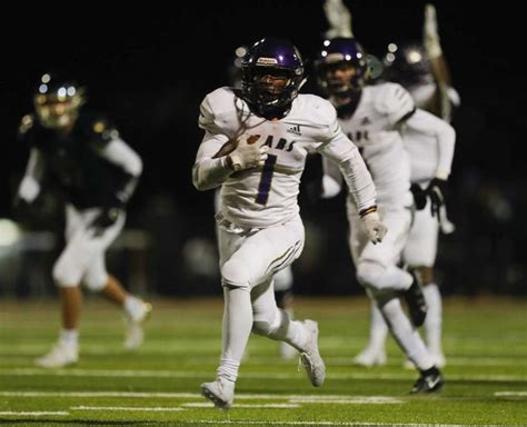 FOOTBALL: Montgomery runs past Lake Creek in MoTown ...