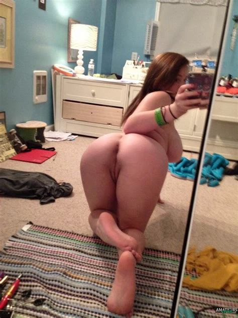 naked amateur redhead