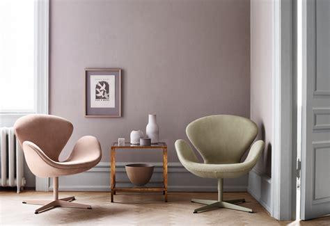 swan lounge chair designed  arne jacobsen twentytwentyone