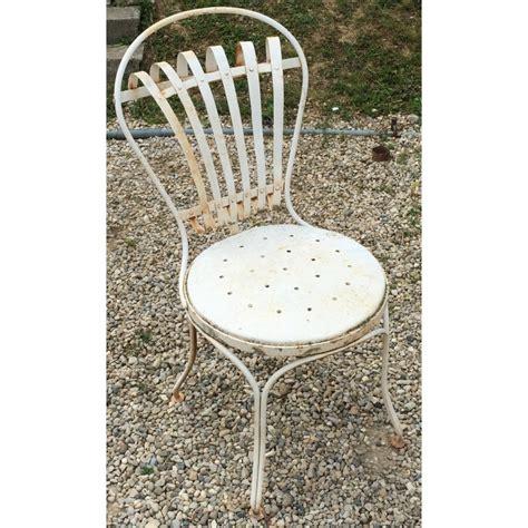 chaise en fer forgé de jardin chaise de jardin en fer forgé blanc sur moinat sa antiquités décoration
