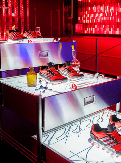 adidas ouvre  pop  store high tech pour sa nouvelle