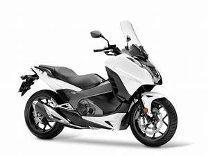 Honda 750 Scooter : honda integra 750 scoots honda honda 750 e 49cc moped ~ Voncanada.com Idées de Décoration
