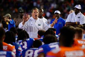Florida Gators coach Jim McElwain speaking notebook