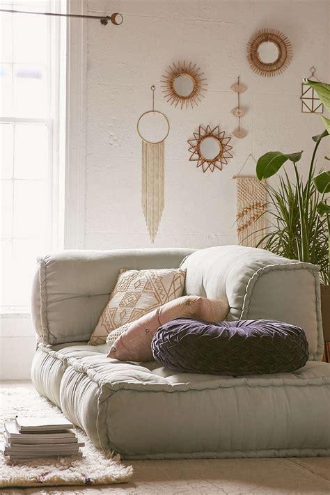 hawaiian bedroom decor all in the new beachy modern tropical decor on the rise