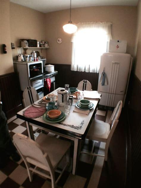 photo   clevelands christmas story house traveler
