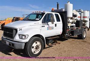 2000 Ford F650 Xl Super Duty Vac