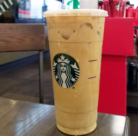 A standard caramel macchiato has espresso shots, vanilla syrup, steamed milk, and a sweet caramel drizzle. 19 Low Carb Meals, Snacks & Keto Food Ideas