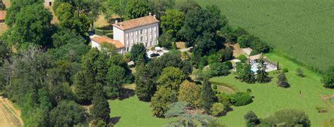 chambre d hotes carcassonne et environs domaine du pégulier hôtel et chambres d 39 hôtes en ariège