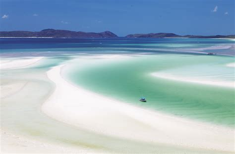 A Brief Guide To Whitehaven Beach Queensland