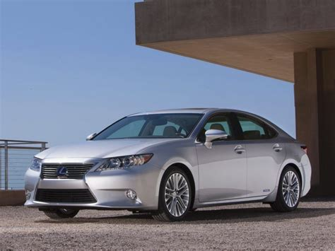 lexus es  lexus es hybrid car fuel efficient