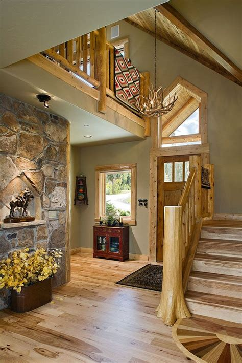 foyer  lakota lodge hybrid love  log  drywall mix log homes cedar homes log