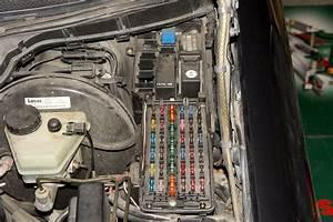 88c W202 Fuse Box