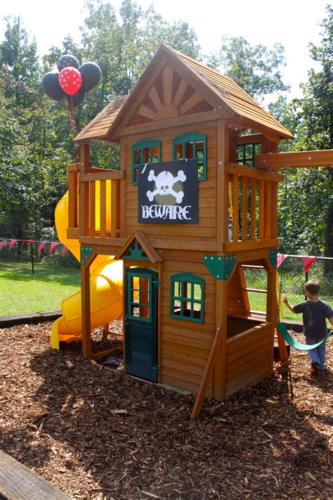 Backyard Play Set - decorate our outdoor playset chickerson and wickewa