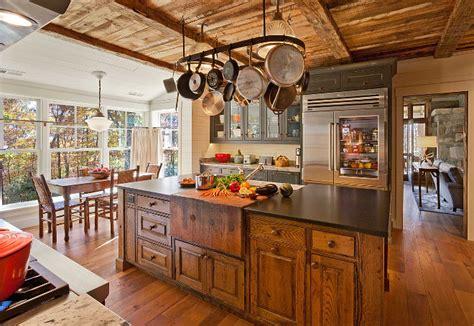 rustic oak kitchen cabinets interior design ideas home bunch 5015