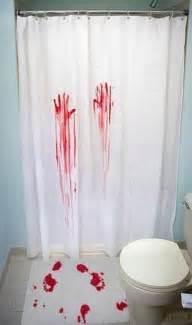 Blood Bath Mat Photo 2