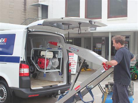 Запасное электричество Можно ли зарядить автомобильный аккумулятор с помощью альтернативных источников энергии? Offroad drive