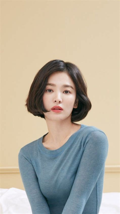 Song Hye Kyo Hairstyle by Song Hye Kyo Song Hye Kyo 송혜교 In 2019 Cheveux Courts
