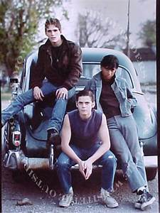 imagine this: gothic greasers/greaser girls. whats your ...