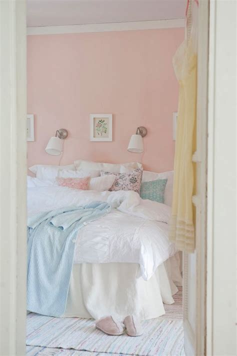 bedroom colors pink best 25 peach bedroom ideas on pinterest peach colored 10360 | dfcb76a6f890ba981a79a895ce4f83f7 pastel room pink room
