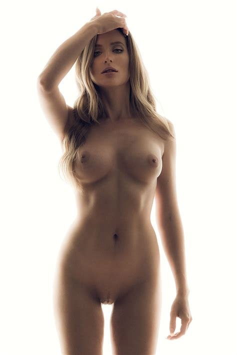 kara del toro nude leaked photos naked body parts of celebrities