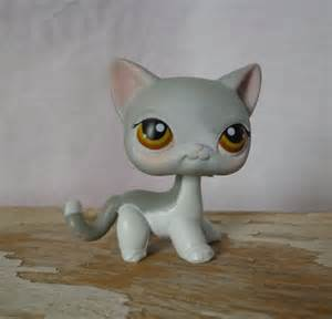 lps gray shorthair cat littlest pet shop lps 138 gray white hair siamese