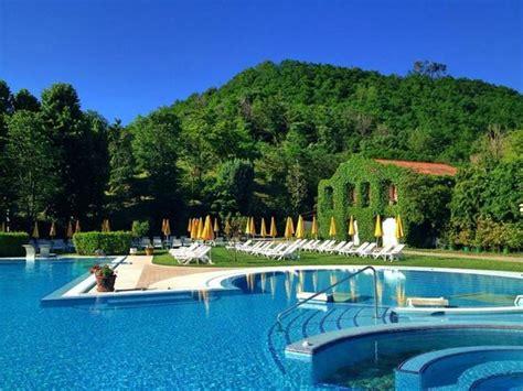 Hotel Petrarca Ingresso Giornaliero by Foto Di Montegrotto Terme Foto Di Montegrotto Terme